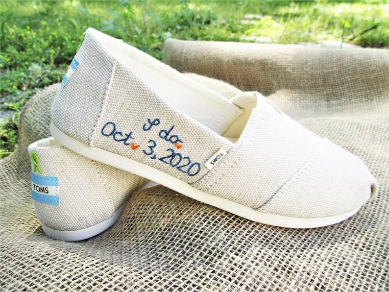 Bridal Shoes Personalized Shoes Custom Toms Bride Toms Etsy In 2020 Toms Wedding Shoes Personalized Shoes Custom Wedding Shoes