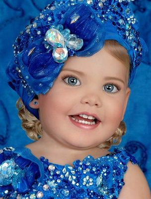 Toddlers and Tiaras Mackenzie | Toddlers Tiaras' Moms Defend Child Beauty Pageants (Video ...