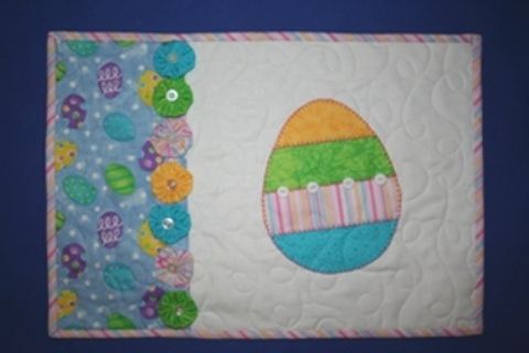 Free Pattern Easter Placemat Easter Placemats Placemats Patterns Quilting Projects