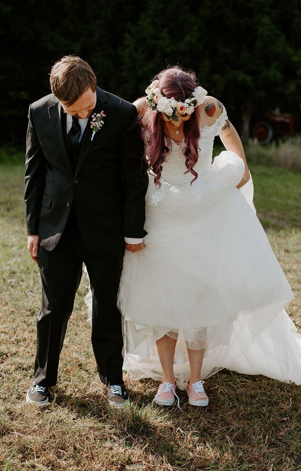 Bride and groom wedding vans | Wedding vans, Bride, Wedding photoshoot
