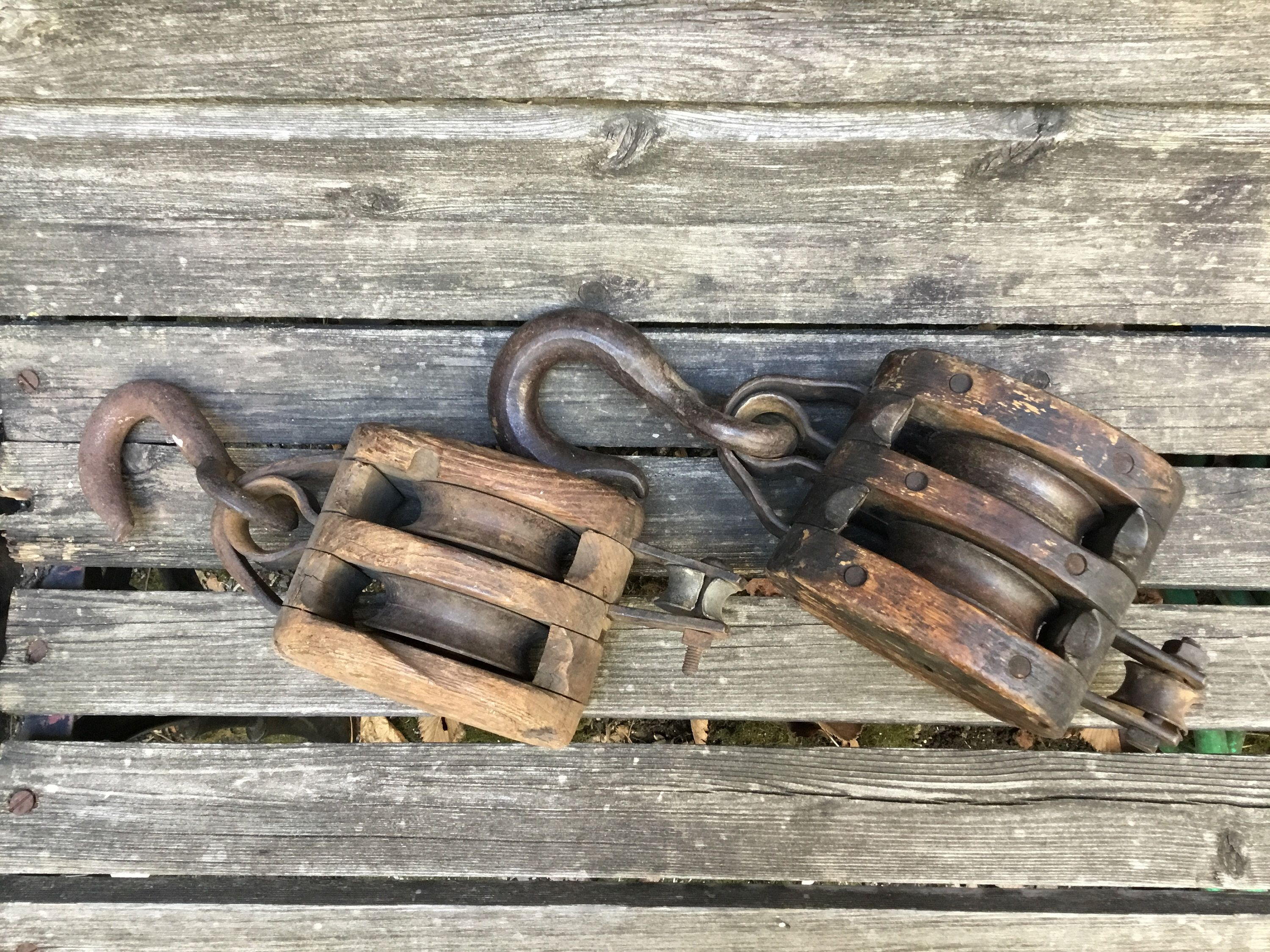 Antique Dual Pulley Barn Pulley Double Pulley 16 In 2020 Wooden Barn Pulley Wooden
