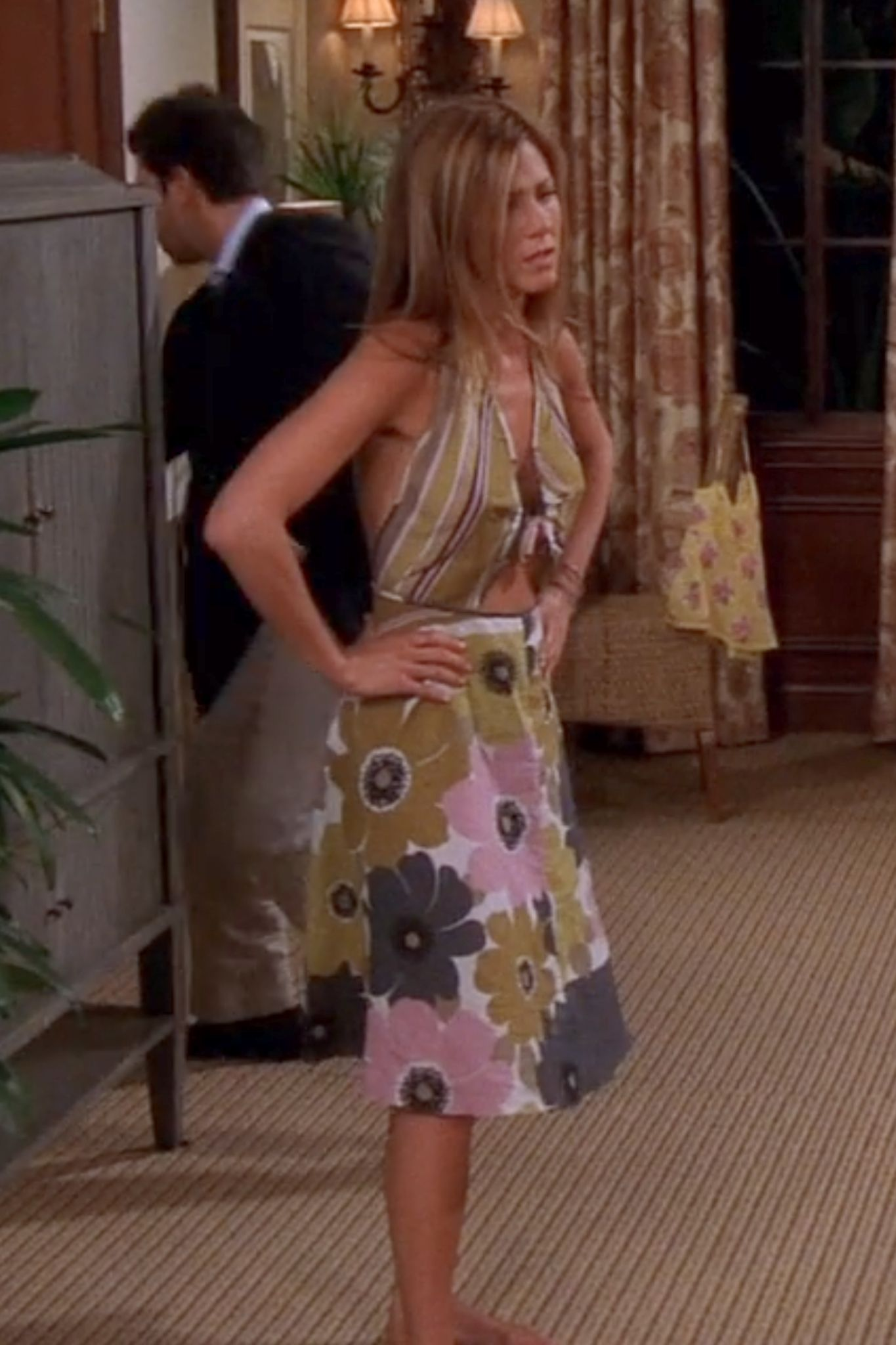 Rachel Green S Most Stylish Looks Ever On Friends Tv Guide In 2021 Rachel Green Outfits Rachel Green Style Green Dress Outfit [ 2048 x 1365 Pixel ]