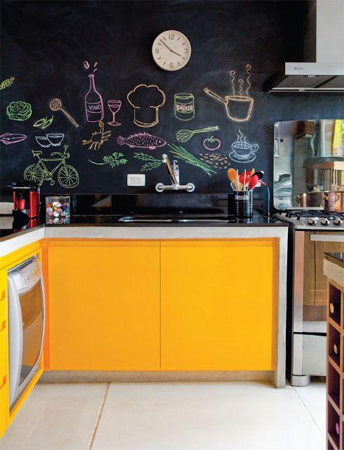 Quadro Negro (tinta lousa)   Kitchens, Small apartments and Blackboards