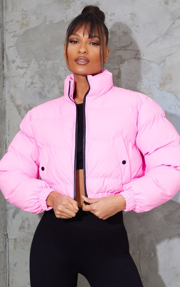Pink Reflective Cropped Bubble Zip Detail Puffer Jacket In 2021 Pink Puffer Jacket Pink Puffer Jacket Outfit Cozy Winter Outfits [ 1180 x 740 Pixel ]