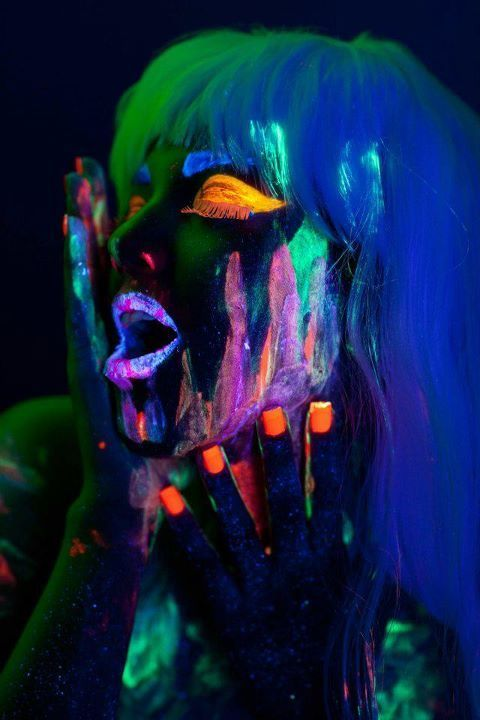 MAKE UP IS MY DRUG! on Behance Maquillaje Neon Pinterest Neon