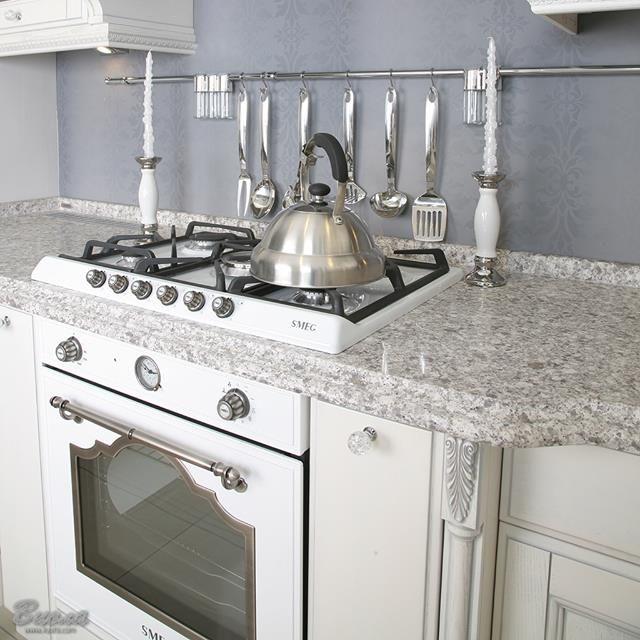 Stilvoll lässt sich mit einem Gaskochfeld nicht nur Wasser für Tee erhitzen... #smeg #design #smegdesign #style #home #homestyle #cook #cooking #homecooking #cookingtime