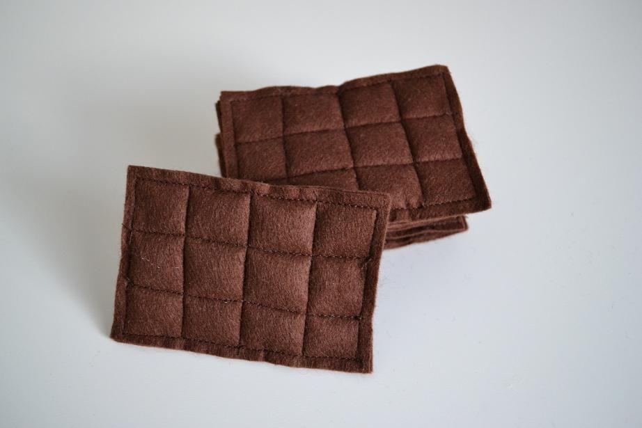 Küchenzubehör Kinderküche ~ Schokoladentafel aus filz projekt puppenecke pinterest
