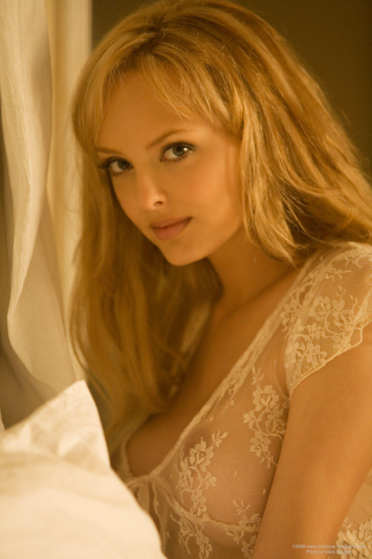 1623935674.jpg | Aurora Vaillantcourt | Pinterest | Girls
