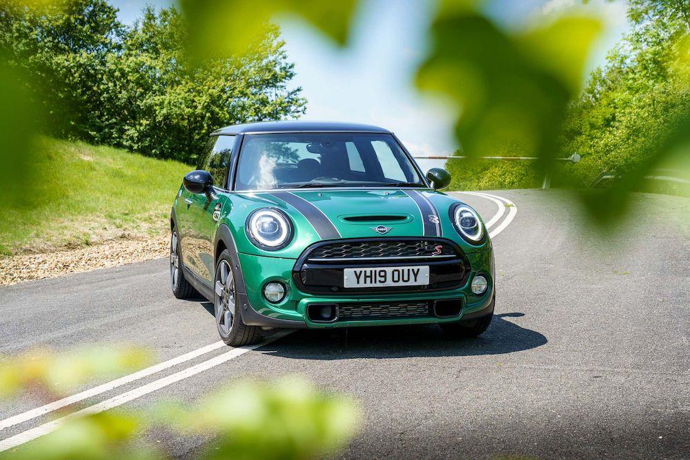Mini Cooper Reliability Report Are The New Minis Reliable Motor Verso Mini Cooper Mini Clubman Mini Convertible