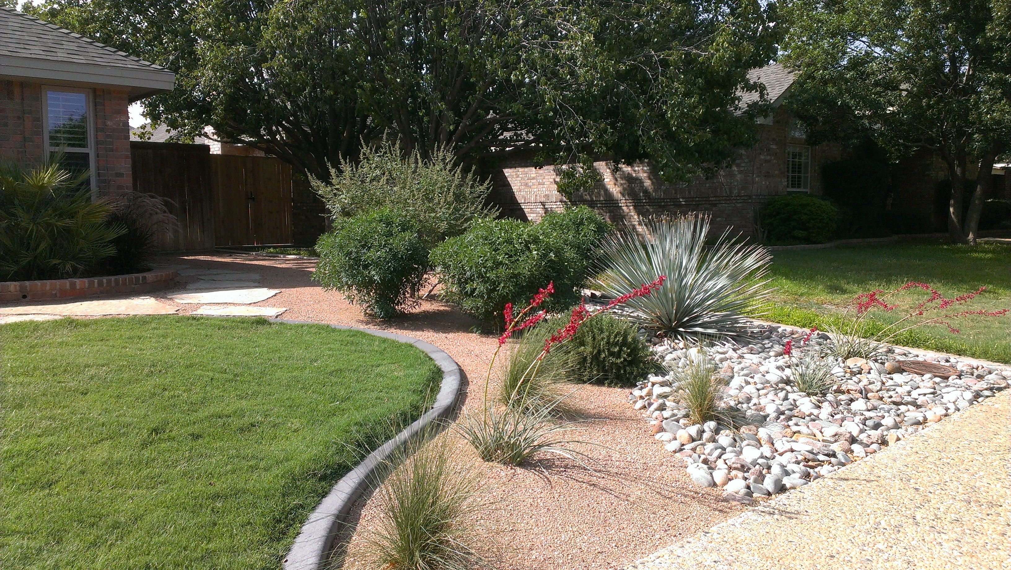 Garden Design With Low Water Landscape Ideas Agrilife Extension Sets Home Landscape With Front Yard Garde Garden Design Texas Landscaping Landscaping Programs