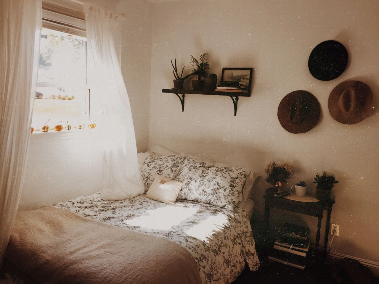 Camere Tumblr Idee : Pin by veronica gikas on bedroom ideas! pinterest
