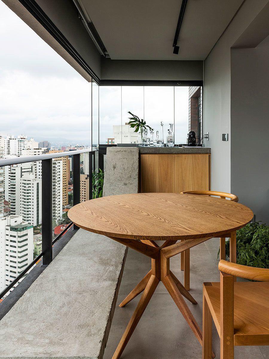 Pequeno E Confortavel Mesa De Jantar De Madeira Apartamentos