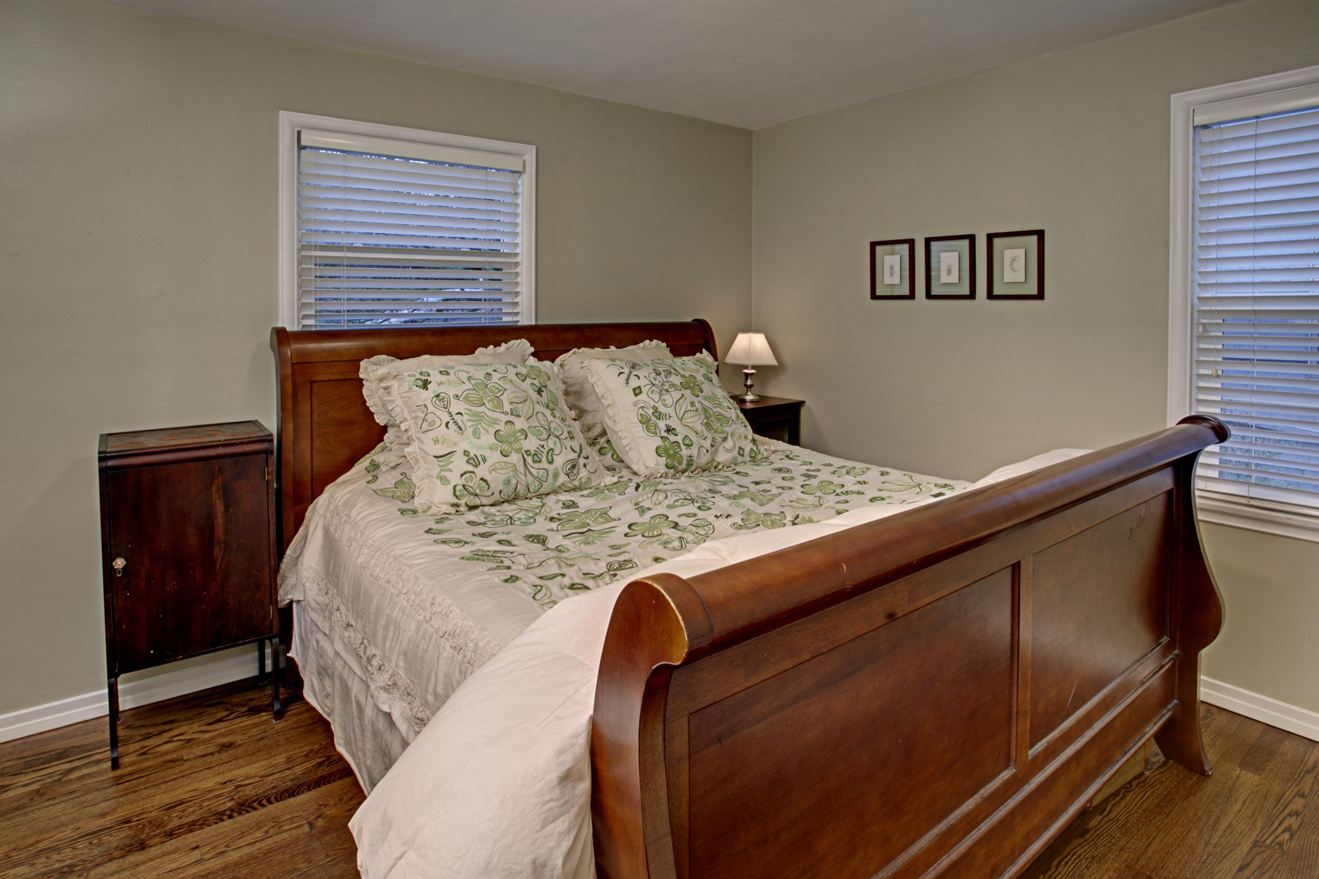 Best Cape Cod Kids Bedroom Idea Cape Cod Master Bedroom Ideas 400 x 300