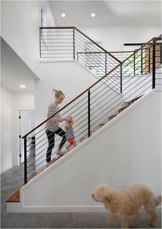 combo escalera blanca con baranda