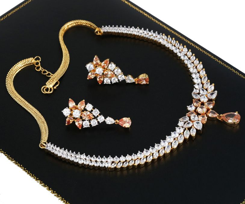 Fashion Women Crystal Flower Statement Gold Plated Necklace Earrings Jewelry Set