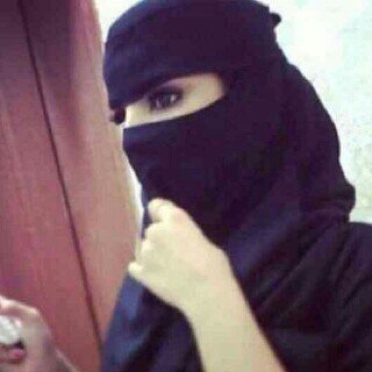 You can also upload and share your favorite arabic girls hijab wallpapers. Pin On Arabian Eyes