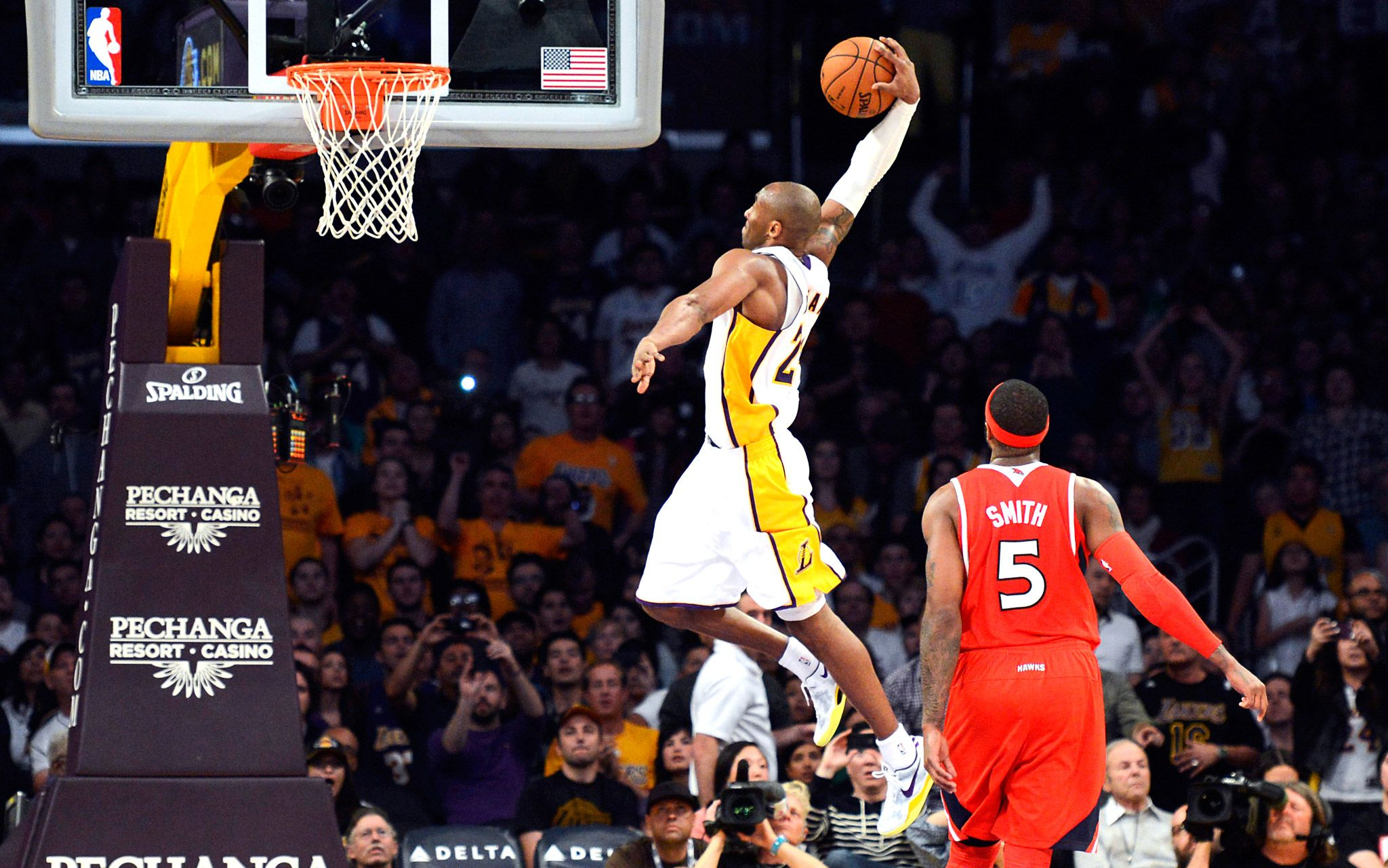 Kobe Bryant Dunk 2013 Hd Images 3 HD Wallpapers