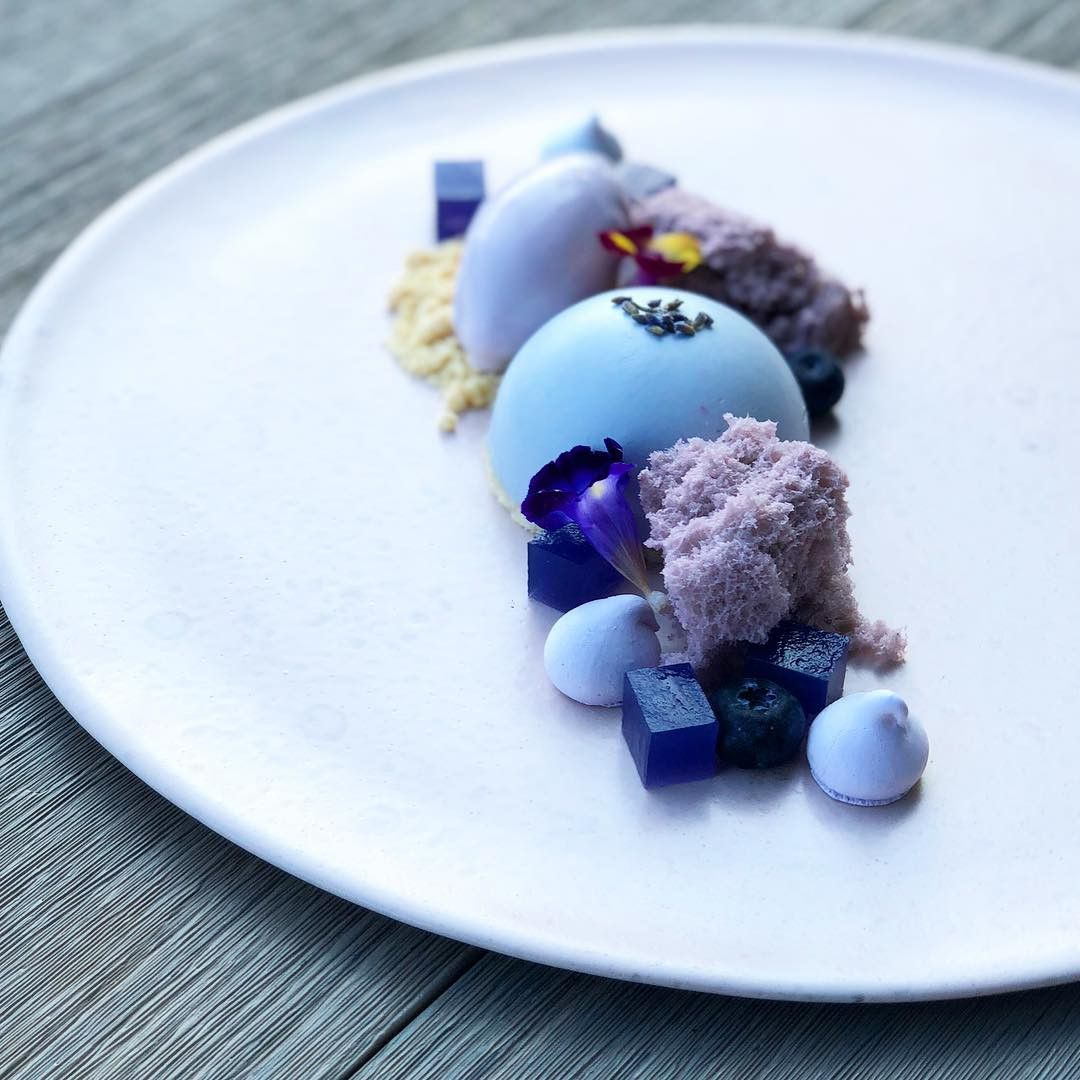 Organic Butterfly Pea Flower Tea & Blue Matcha Tea Shop -   10 desserts Plating fine dining ideas