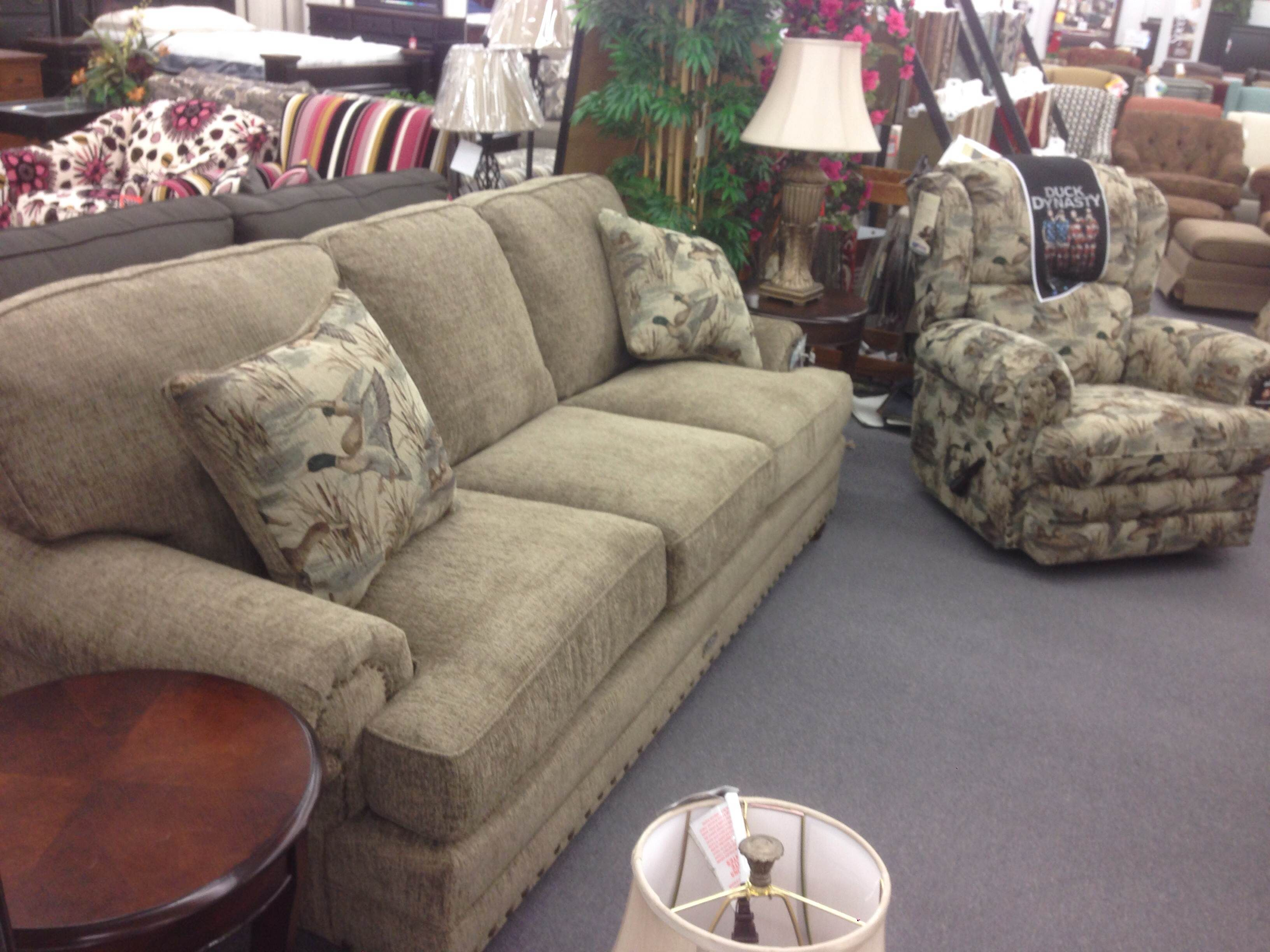 Scott S Furniture Jackson Duck Dynasty Stationary Upholstery And