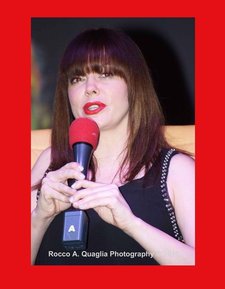 Rose McGowan - Spooky Empire Weekend 2012 #Mumblecore #afbeeldingen #Brexit #kunst #Erasmus #EU27 #Nostalgie #Spinefarm #Eurostar #gothic #Sakara #Benelux #Stam1na #Jessicka #Ghent #Antwerp #Ostend #Arthouse #art  #Indie #Christina #Ricci #feminsimi #Megadeth #Gojira #Udo #Tekken #Gent #Ghent #JuliaChang #Jaycee #Tekken #gootti #Meshuggah #goth #PAL #VHS #grunge #Expatexit #Trump #death #metal #music #erotisch