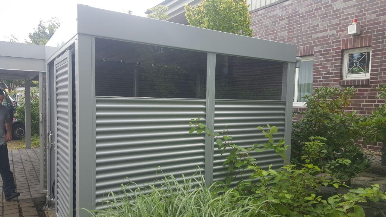 Geräteraum aus Stahl / Metall als Erweiterung zu einem