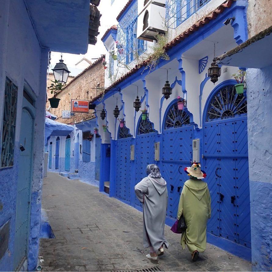 معالم وتاريخ شفشاون مدينة مغربية المدينة بتاريخها العريق وشوارعها الضيقة وجدرانها ذات اللون الأزرق والأبيض تأسست المدينة سنة 1471 Instagram Fun Fun Slide