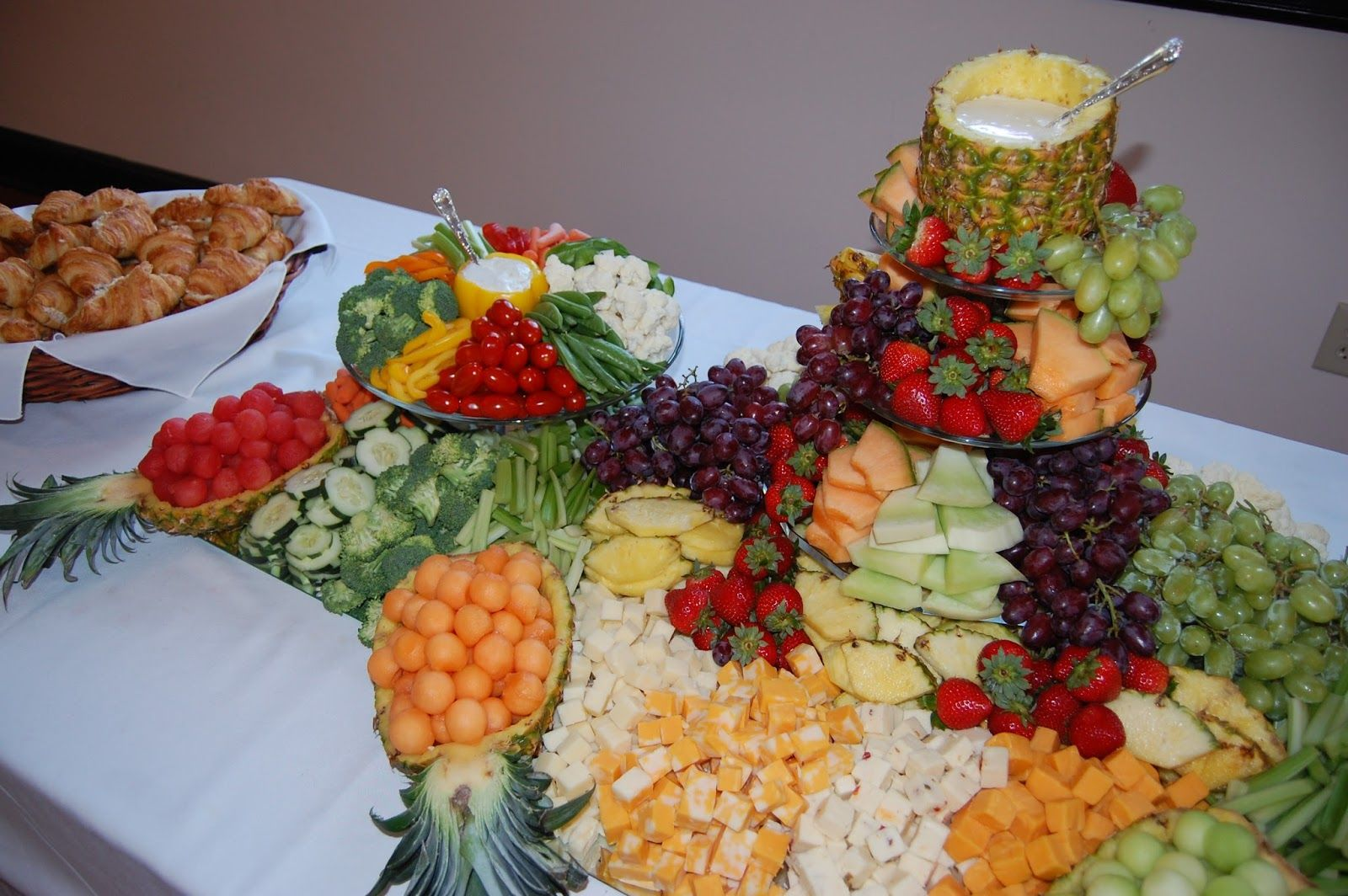 Cheese And Fruit Platter Ideas For Weddings Did The Fruit Veggie And Cheese Platter For Vegetable And Fruit Tray Vegetable Tray Christmas Salad Recipes