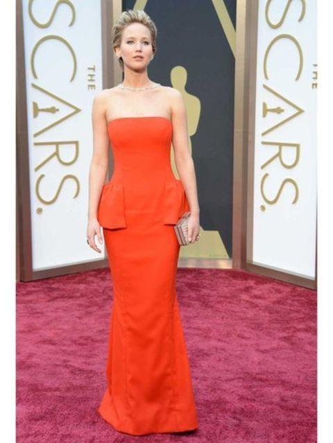 Jennifer Lawrence Looks Chooses Daring Plunge-Neck Dior ...