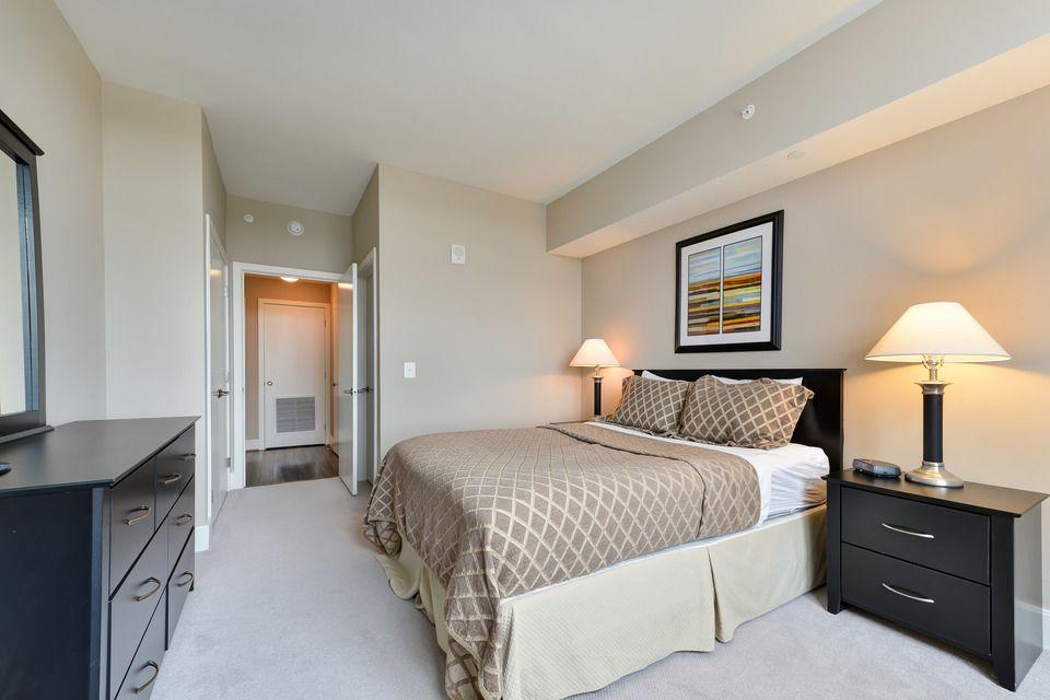 The Avant in Reston - Bedroom | Rooms for rent, Beach room ...