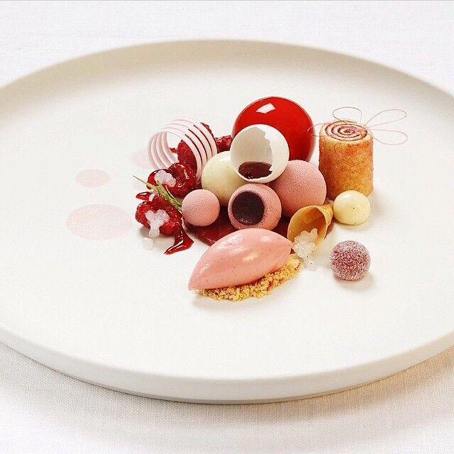 Raspberry, vanilla, and mint dessert by @andersoskarsson1 #TheArtOfPlating