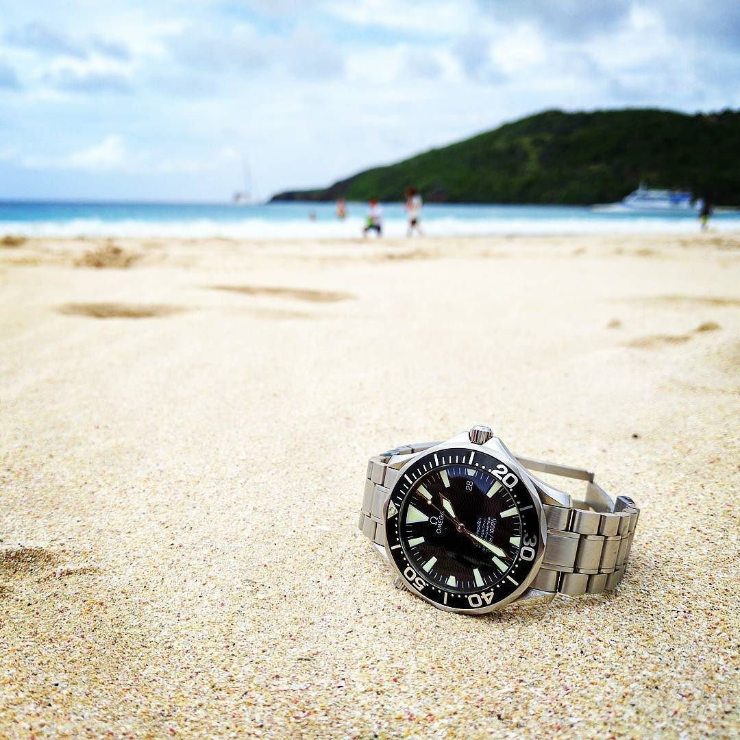 Omega Seamaster in its natural habitat. #omega #omegaseamaster #seamaster #omega2254 #diverwatch #flamencobeach #puertorico #culebra #watchrecon by watchrecon #omega #seamaster #watchesformen