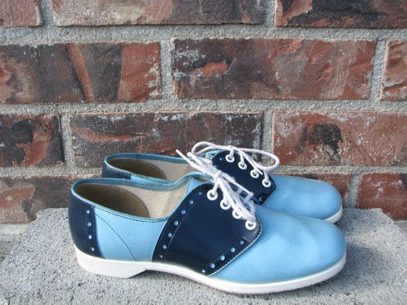 Vintage Womens Bowling Shoes Size 6.5