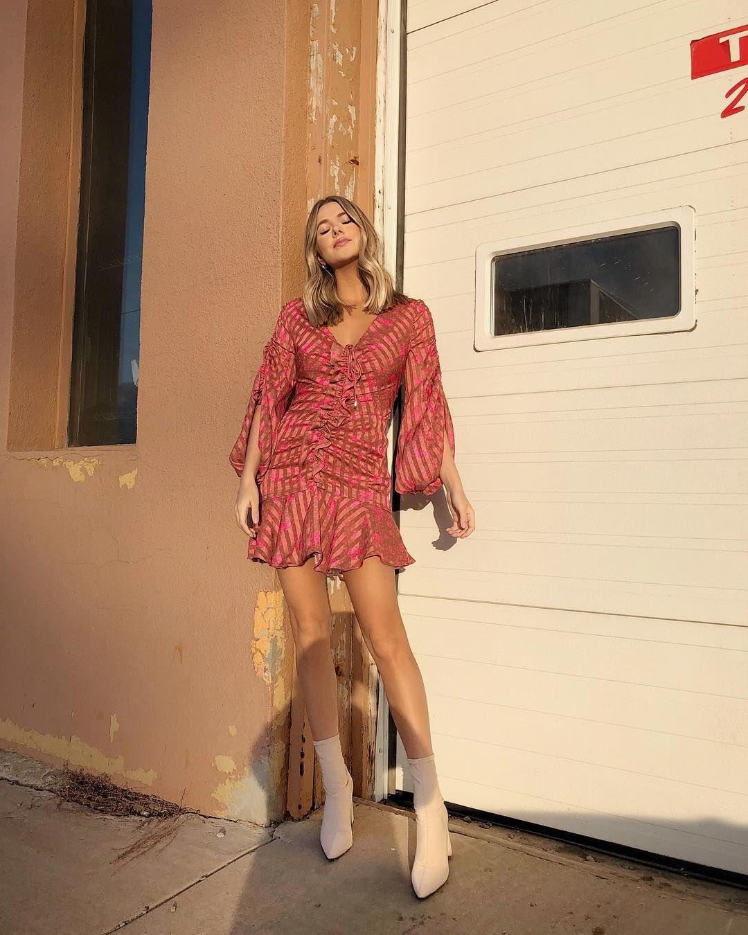 Sun On My Shoulders Lulus Lovelulus Ad Outfits Pink Leather Jacket Long Sleeve Dress [ 1350 x 1080 Pixel ]