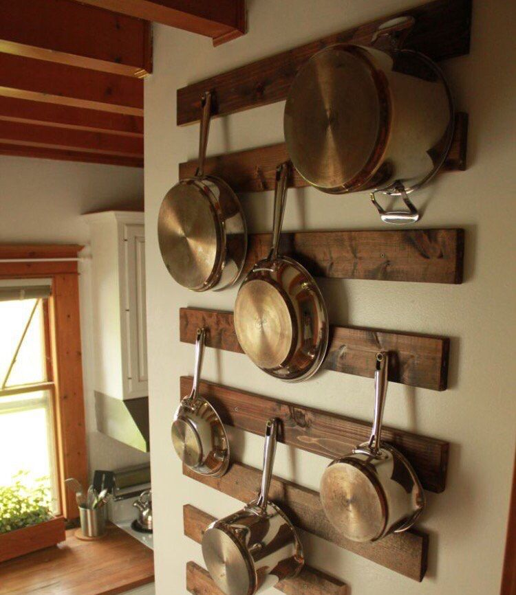Wood pallets in Kitchen for pots and pan decorative storage ...