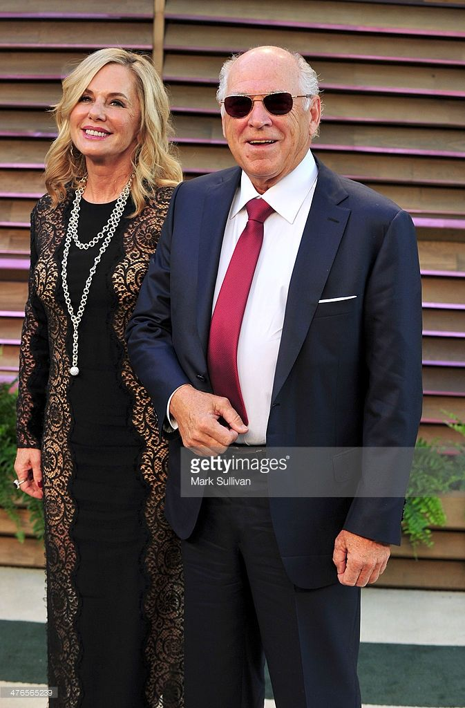 Jane Slagsvol and musician Jimmy Buffett attend the 2014 Vanity Fair