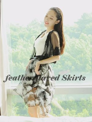 Korea feminine clothing Store [SOIR] Feather Mesh Skirt / Size : FREE / Price : 24.94 USD #korea #fashion #style #fashionshop #soir #feminine #skirts