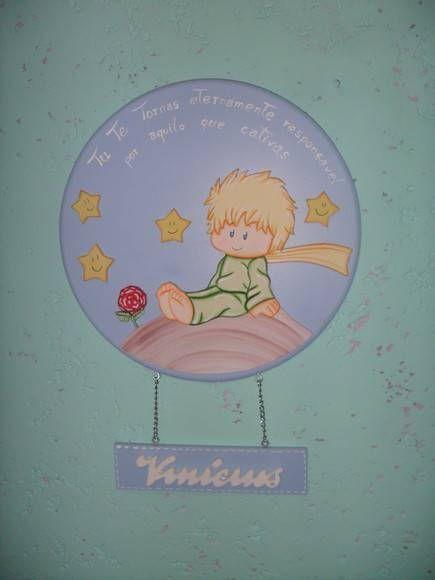 enfeite de maternidade com tema Pequeno Príncipe. feito em mdf R$ 68,00