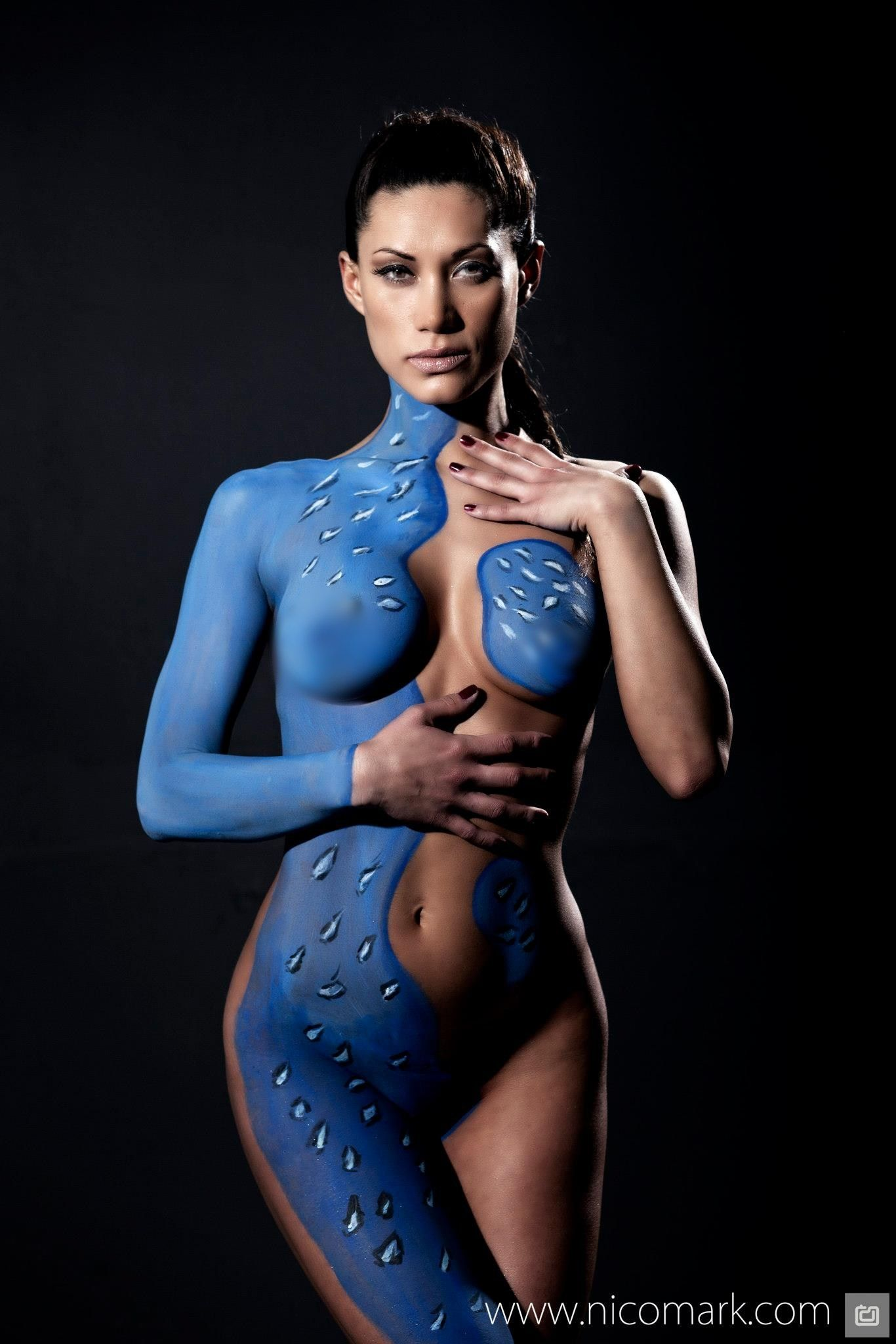 Female body paint penetration samples and