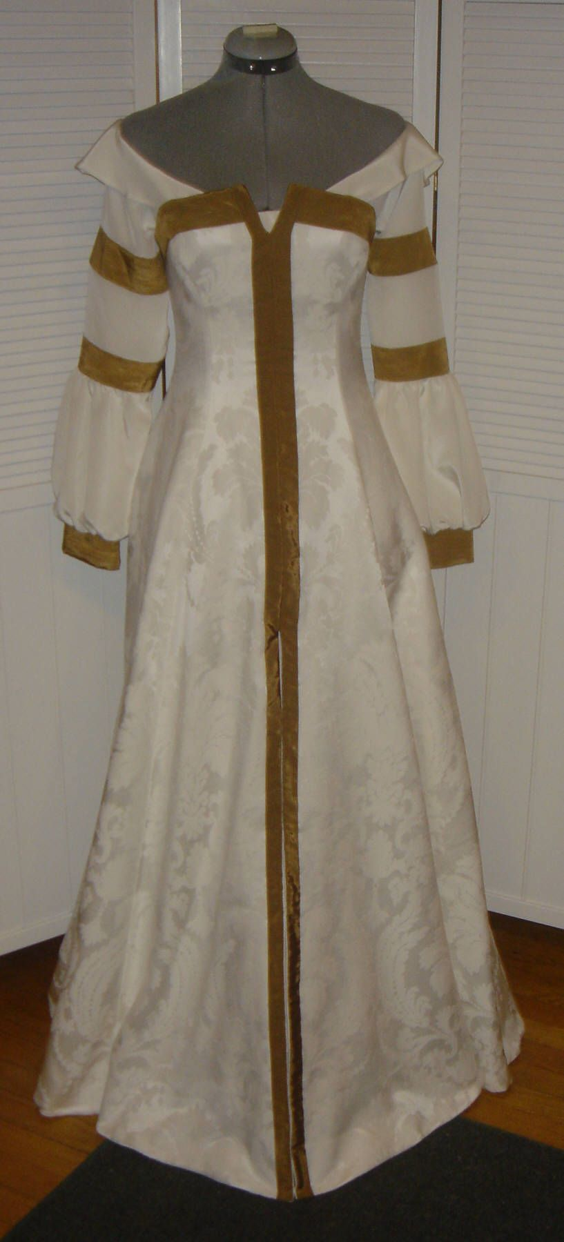 Susan Pevensie's Farewell Dress/Gown Chronicles of Narnia Prince ...