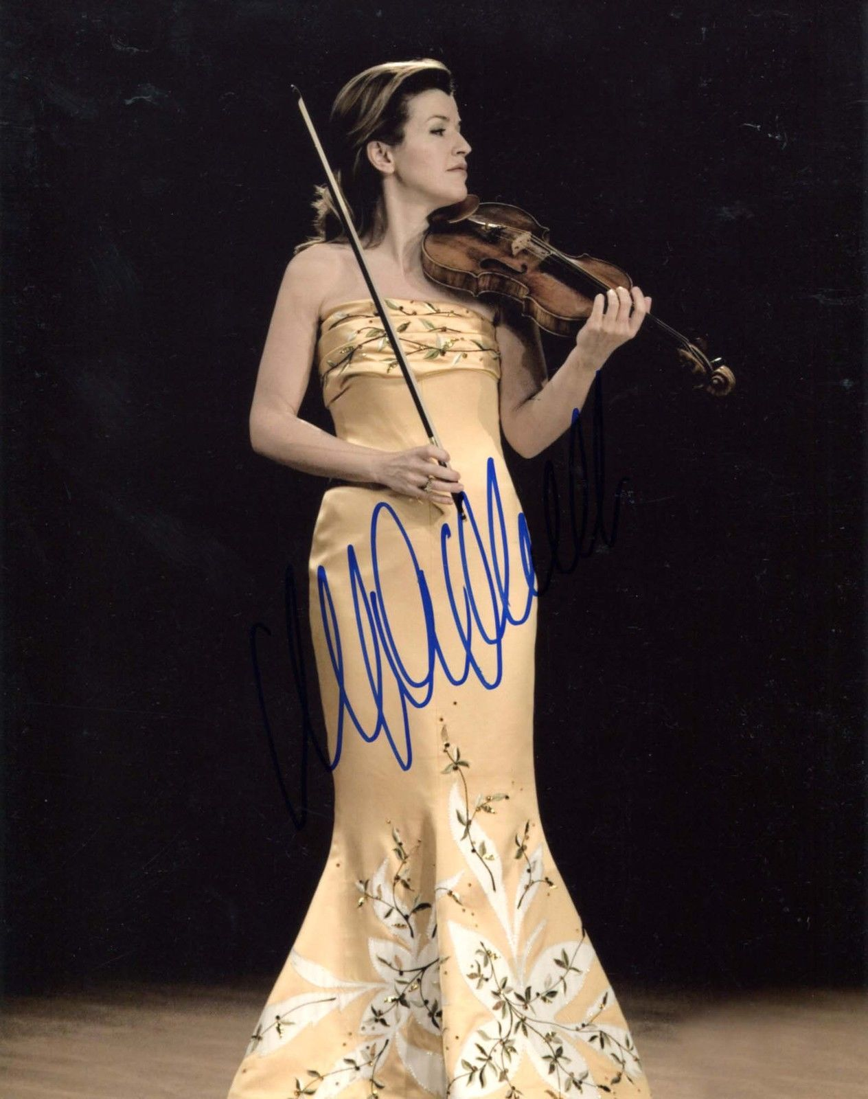 Anne Sophie Mutter Violinist Autograph Signed Photo   eBay