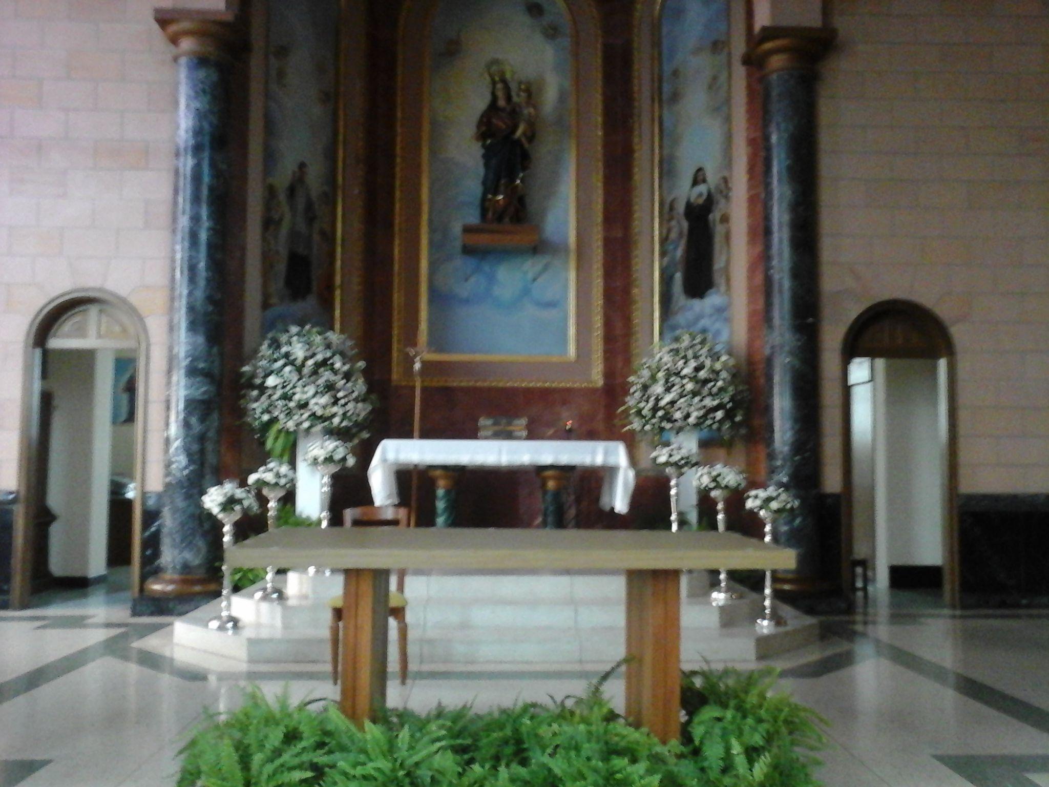 Decoracion De La Iglesia Maria Auxiliadora Con Pedestales