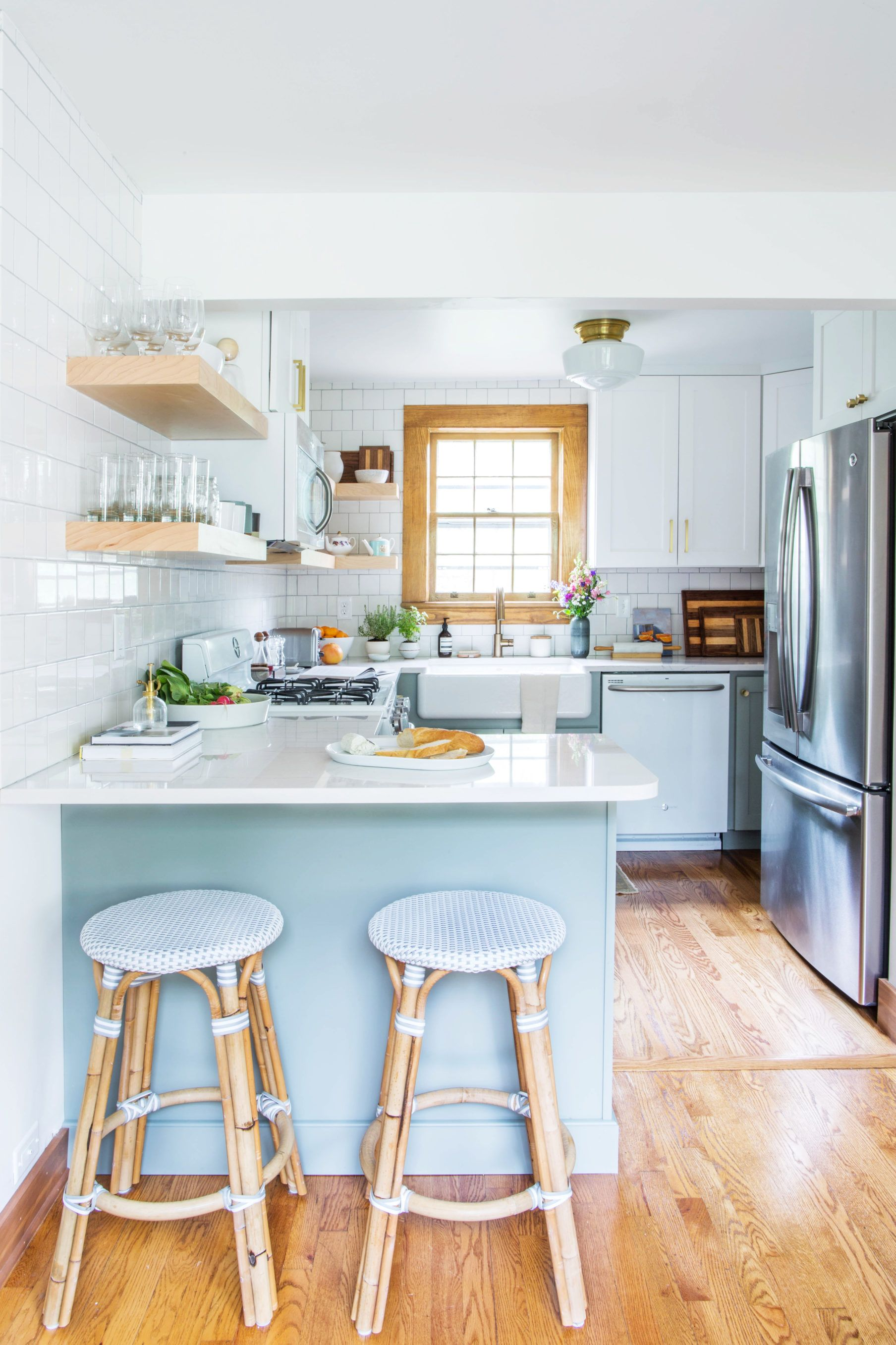 Before & After: This Kitchen Had One Thing Worth Saving | Beachy ...