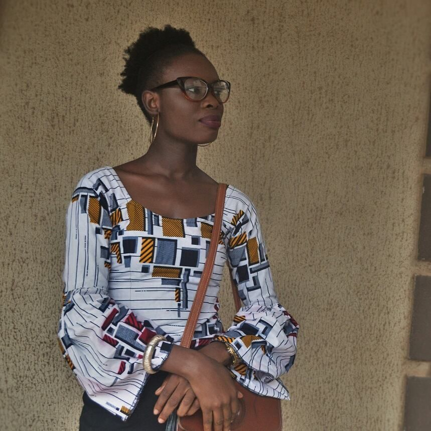 U N L O O K I N G ➰  ________________ Styling Ankara Bell Sleeves II - Chic Look is live on the blog. Have you pree'd it yet??? Link is in my bio in case you haven't 😏 . . .  #StyleBlogger #StylishonaBudget #NigerianBlogger #NigerianLifeStyleBlogger #NigerianFashionBlogger #FashionBlogger #FashionLover #Frugalista #NaturalNigerian #4BHair #Naturalista #SkinnyGirl #Satchel #AnkaraTop #BellSleeves #CatEyeFrames #Smile #NikonAfrica #NikonD3200 #NikonPhotos #WanShyGirl