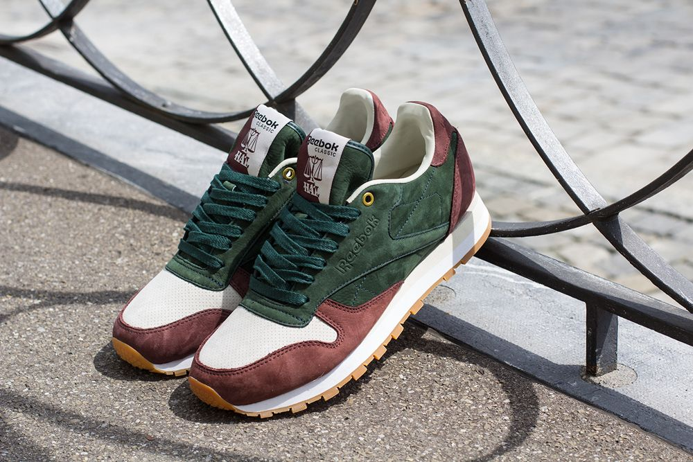 V53670 HAL (Highs & Lows) x Reebok Classic Leather
