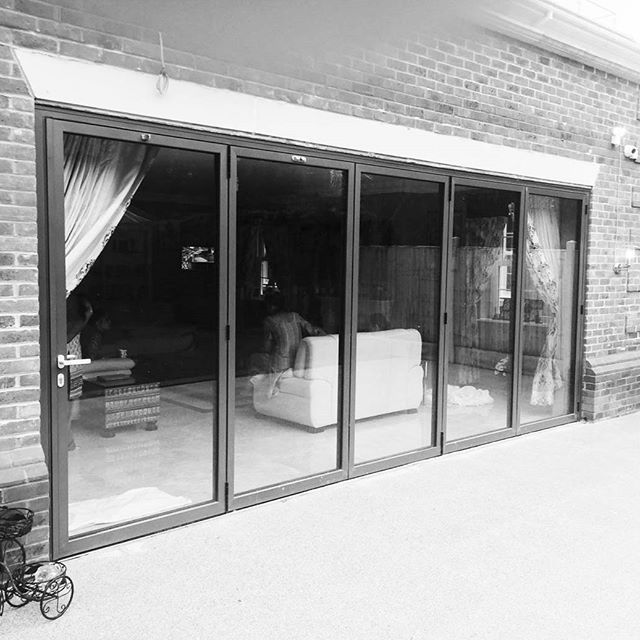 Property location: Gerrards Cross Installation: Bi-Fold Door Factory ...