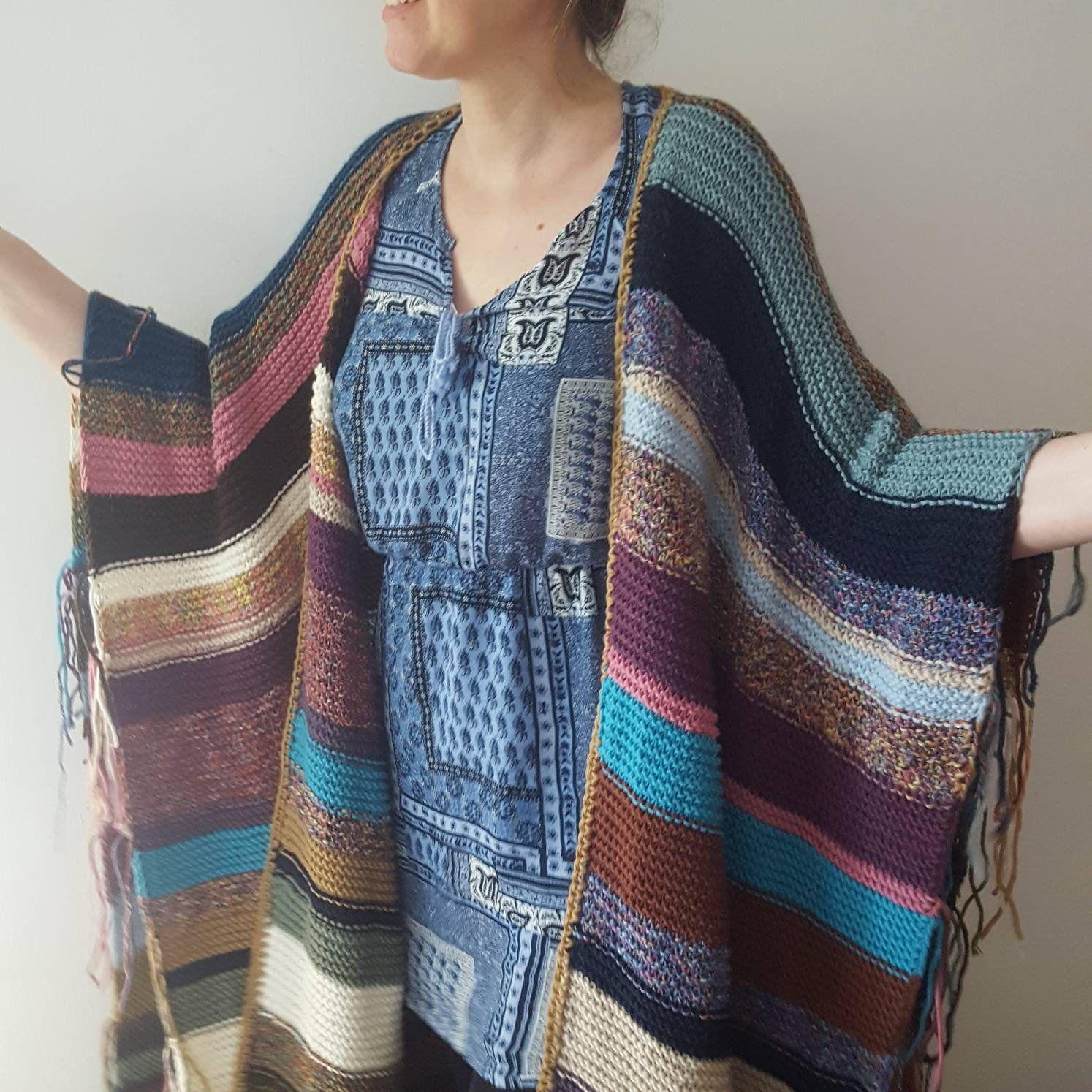 Poncho; Boho festival poncho; mexico poncho; poncho boho festival; knitwear; poncho knitted; made unique; knit gift; cozy; trend; knitwear #oversizedknitsweaters