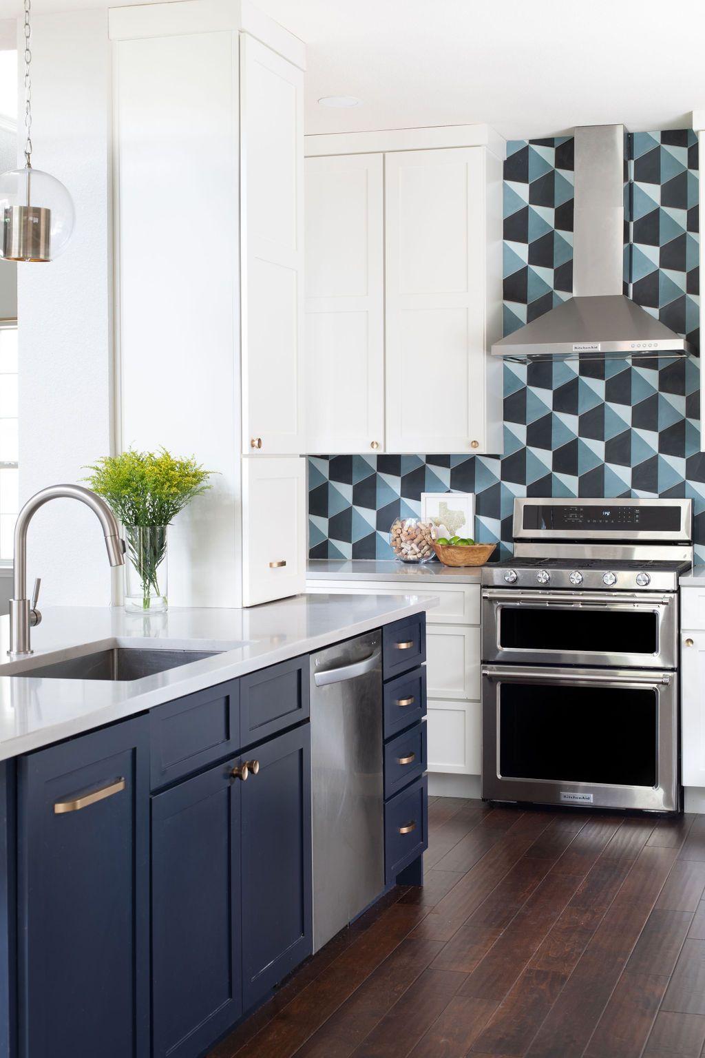 Hello Kitchen Austin Tx Kachina Dr In 2020 Kitchen Kitchen Projects Kitchen Design