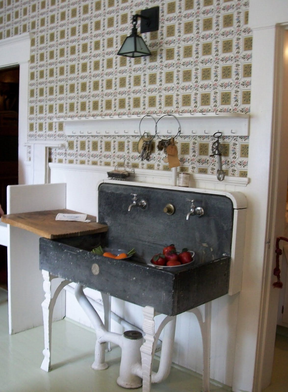 Old Fashioned Kitchen soapstone sink box back - google search | kitchen | pinterest