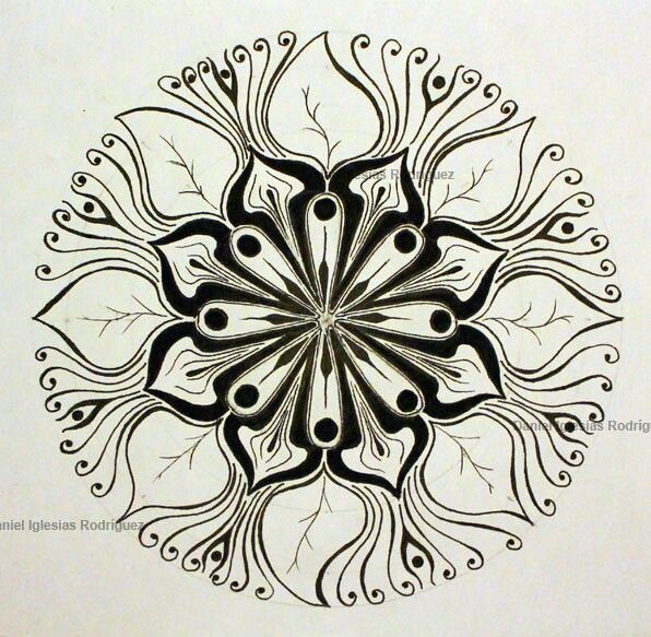 Creciendo - zentangle art -