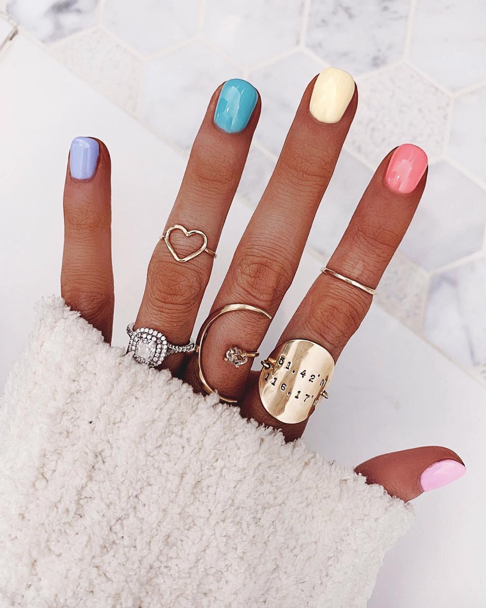 Ombre Nails The Pro Gradient Nail Trend Exploding On Instagram Ombre Nail Diy Gradient Nails Rainbow Nails